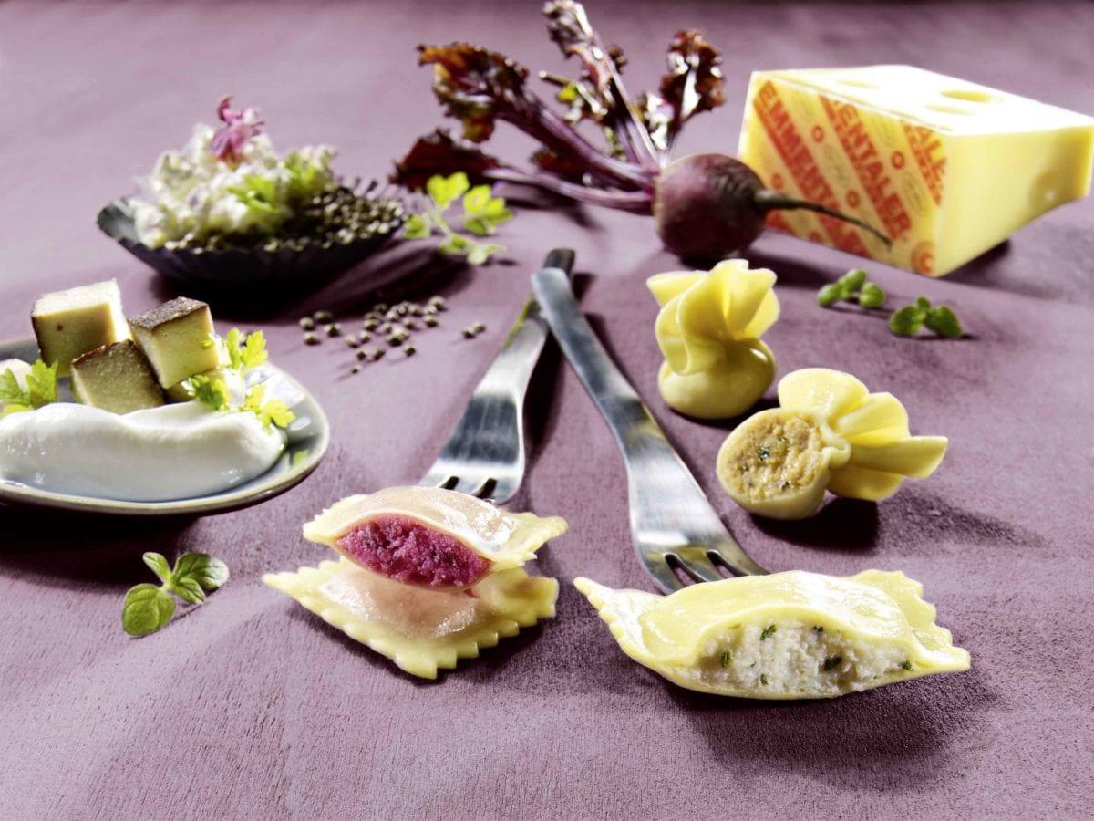 Les premières pâtes farcies hilcona avec des superaliments locaux