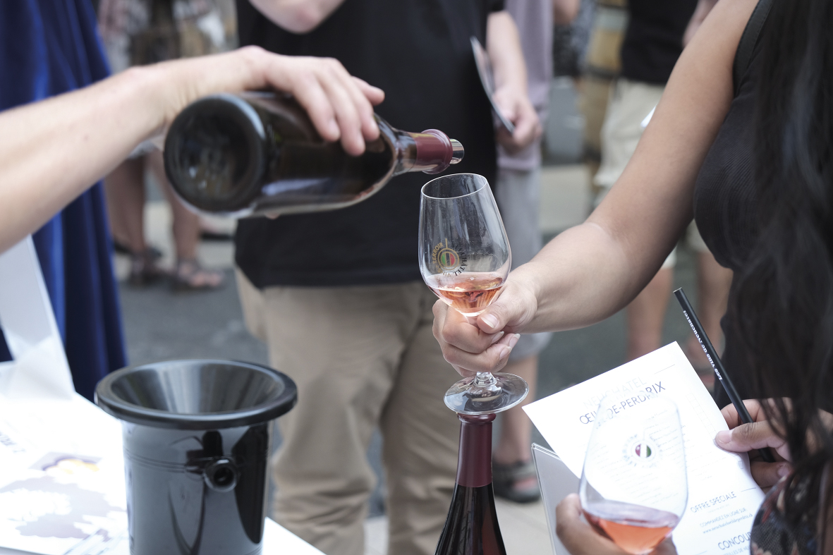 Neuchâtel Vins et Terroir: une campagne de charme, tambour battant!